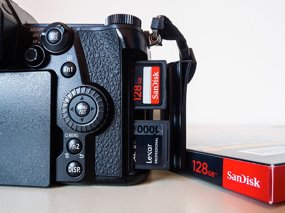 Panasonic Lumix G9 e le schede di memoria SD Card